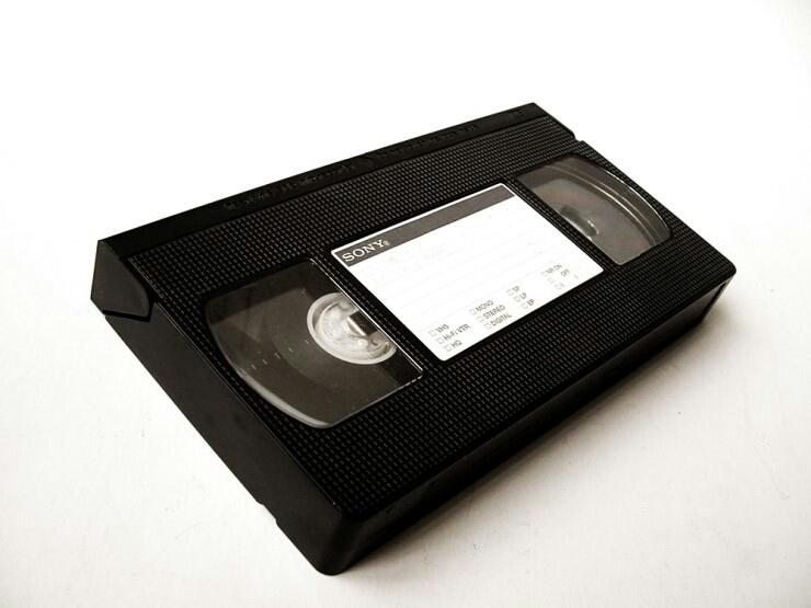 아날로그 녹화 테이프를 디지탈로 변환해드려요. 무료전송