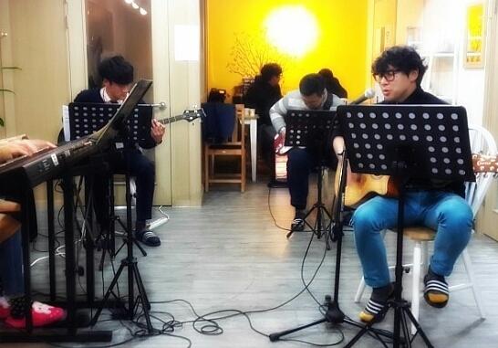 보컬.드럼.기타.연습실.작곡.건반.베이스.색소폰