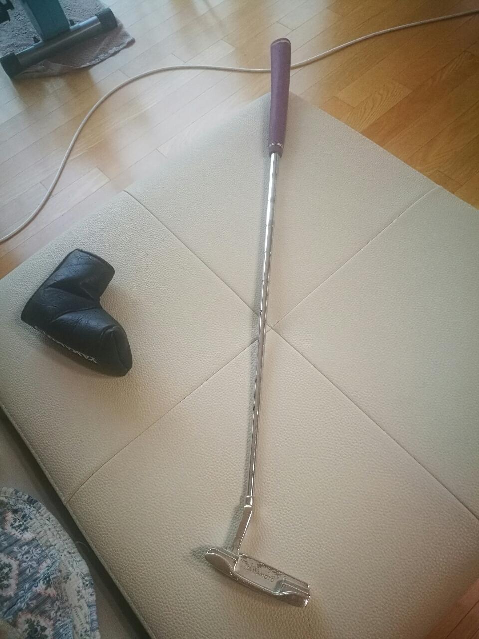 야마모토 골프 퍼터 내놓아요.
