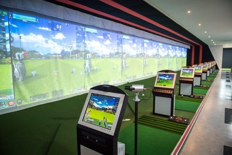 골프연습장&골프레슨(전타석 스크린)