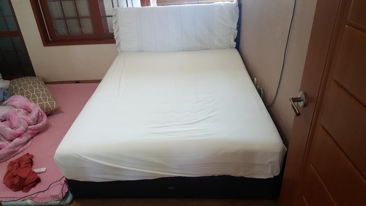 시몬스 침대. 가격 인하합니다!!