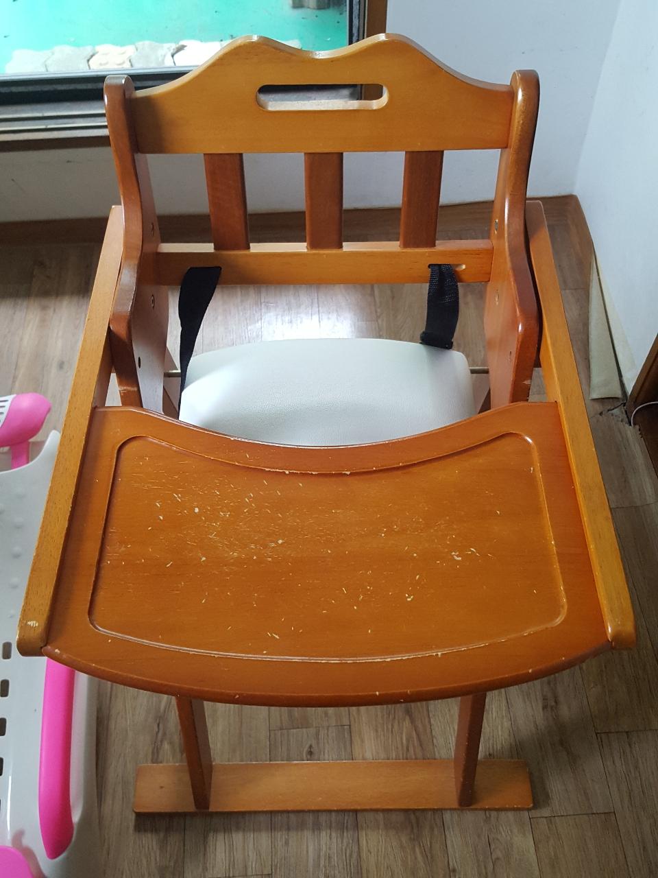 아기 원목 식탁의자 팝니다.