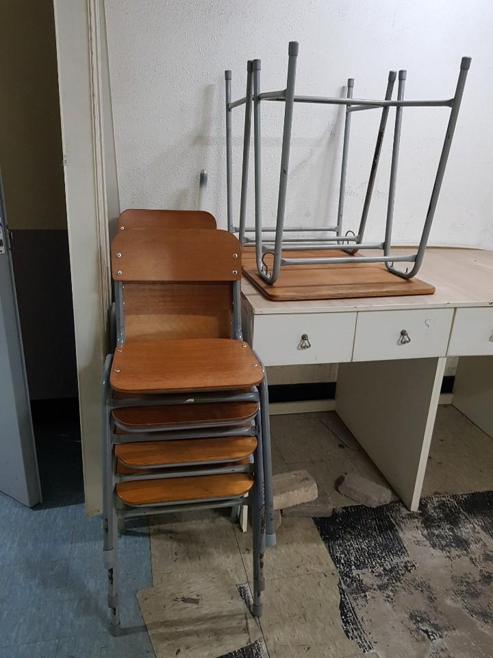 구형 책생과 의자 무료나눔합니다