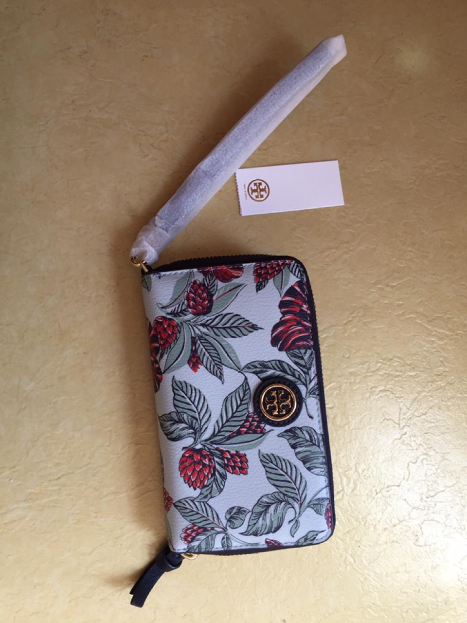 (새상품)토리버치 휴대폰 수납겸용 반지갑