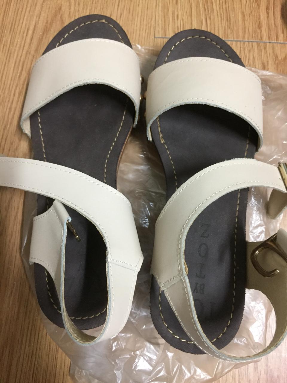 한번신은 신발 235