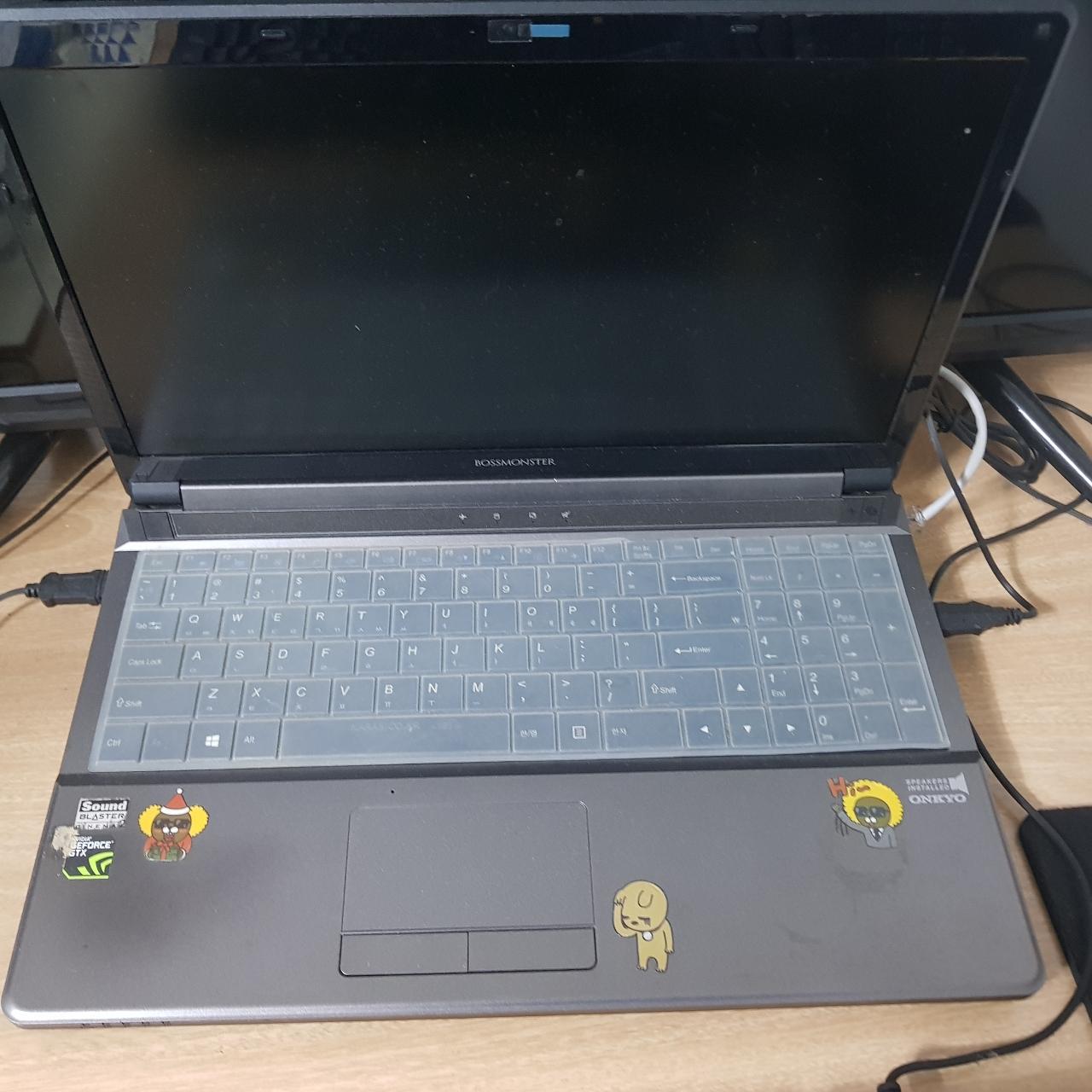 한성 보스몬스터 노트북 판매합니다.