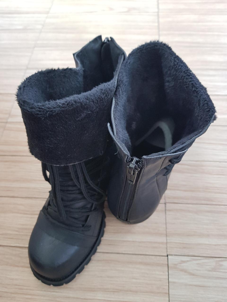 겨울용 부츠 굽높이 6cm 정도 새신발 250mm 보관만한상태