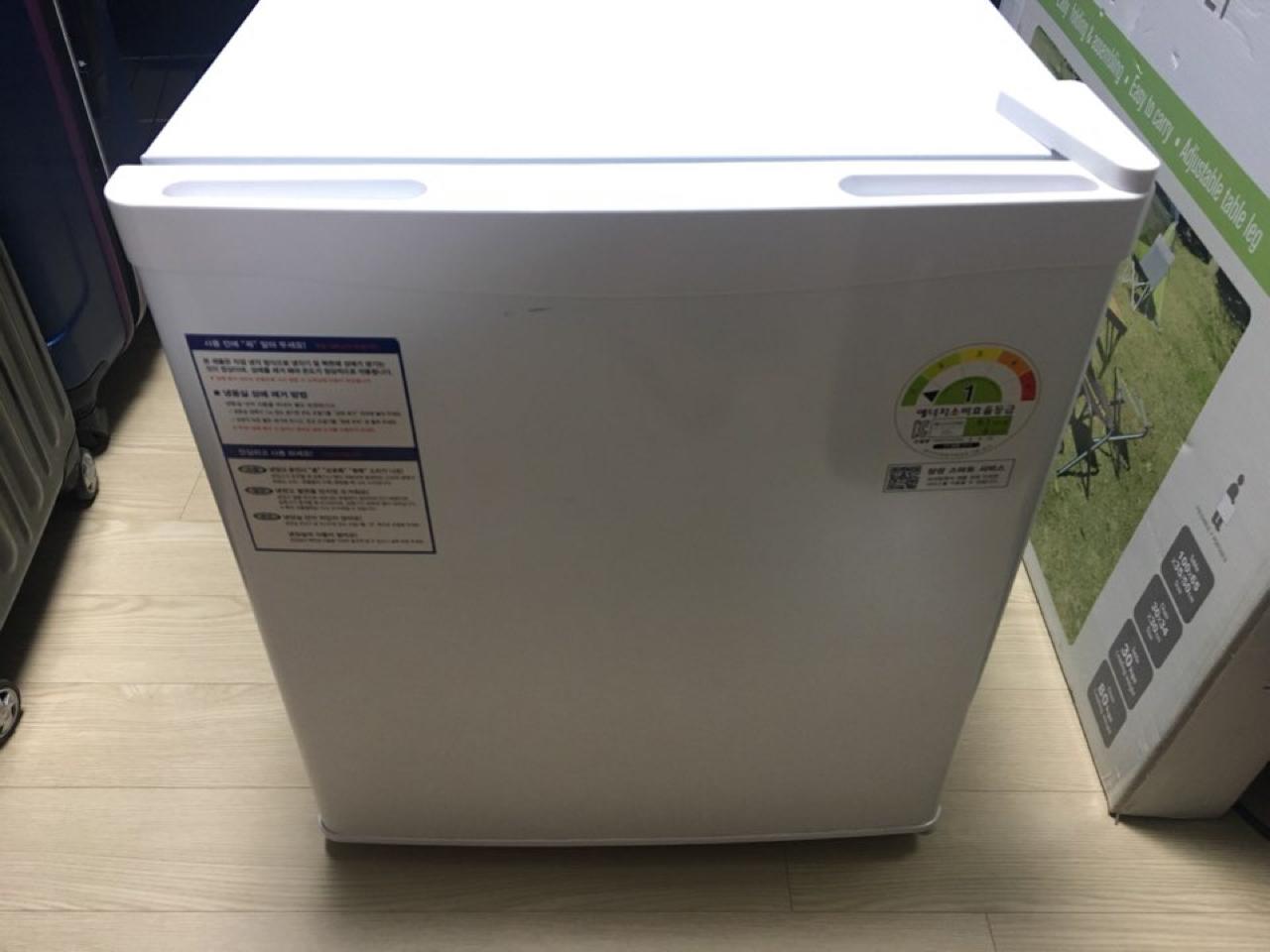 대전 삼성 원룸 냉장고 42L 고시원냉장고 RR05FARAEWW 1등급