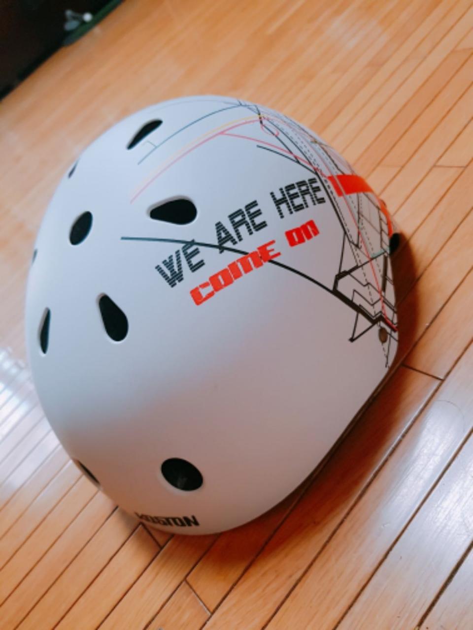 헬멧 팔아용(자전거, 스쿠터, 스케이트보드, 롱보드)