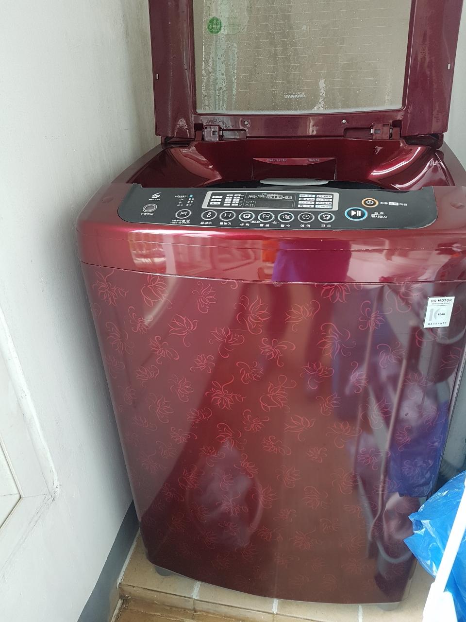 엘지 통돌이 세탁기 15KG 팝니다.