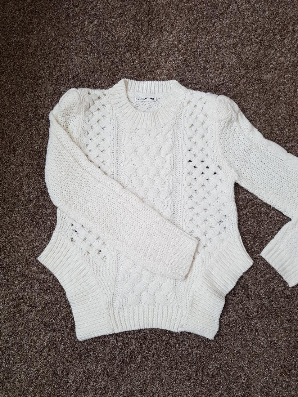 아크릴 포근 스웨터 s
