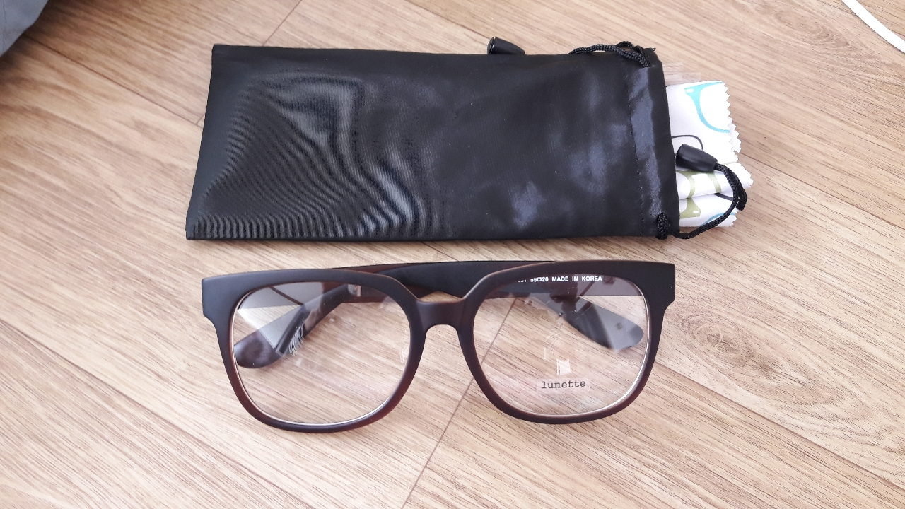 엄청큰 안경테