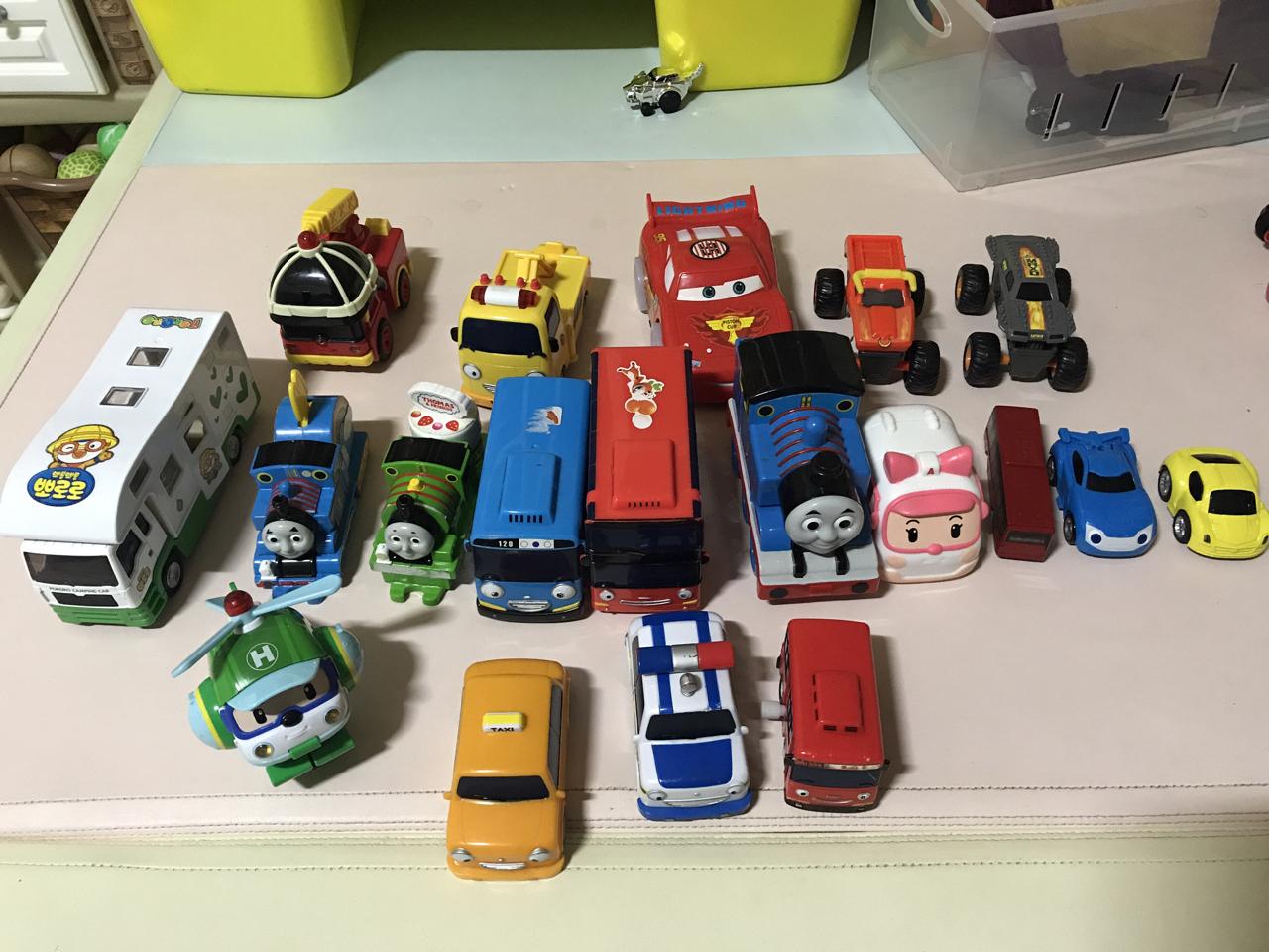 타요 및 자동차