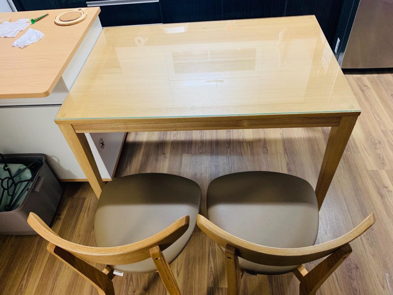 식탁팝니다(의자2+벤치의자1+상판유리)