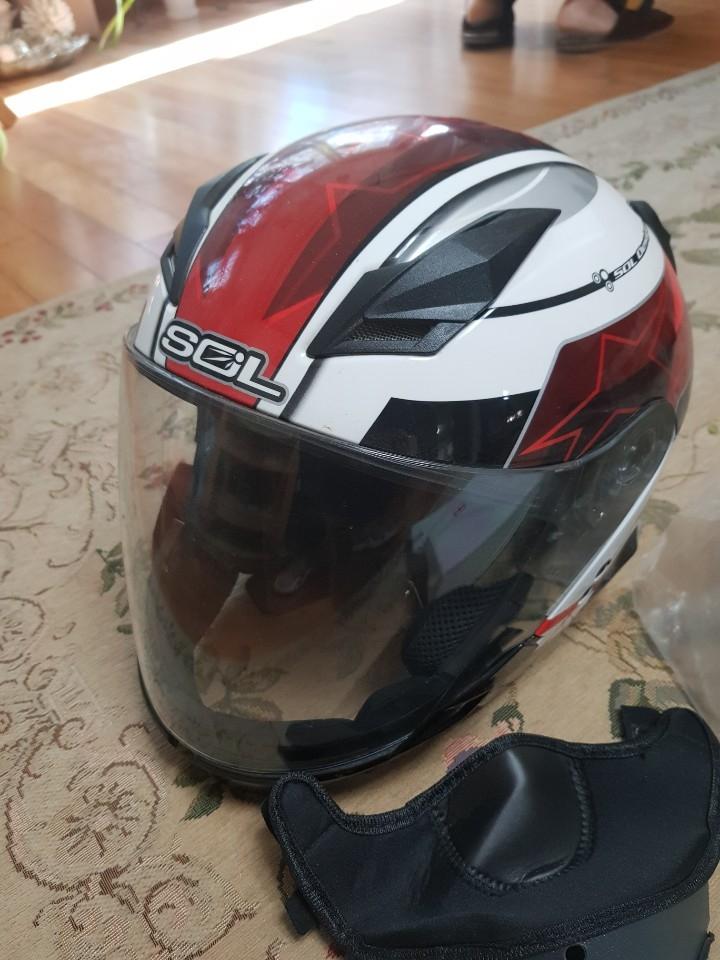 남자 헬멧