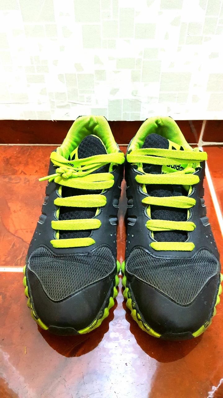 [신발정리2-상태좋은 아디다스운동화] 운동화가 많아 급매로 저렴하게 판매해요~