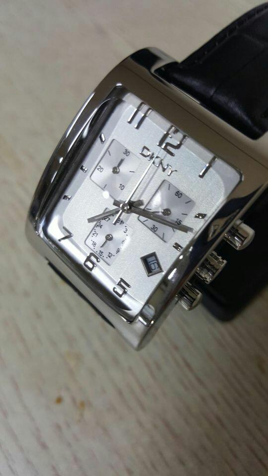 도나카란 뉴욕/DKNY 크르노그래프 남성용 시계