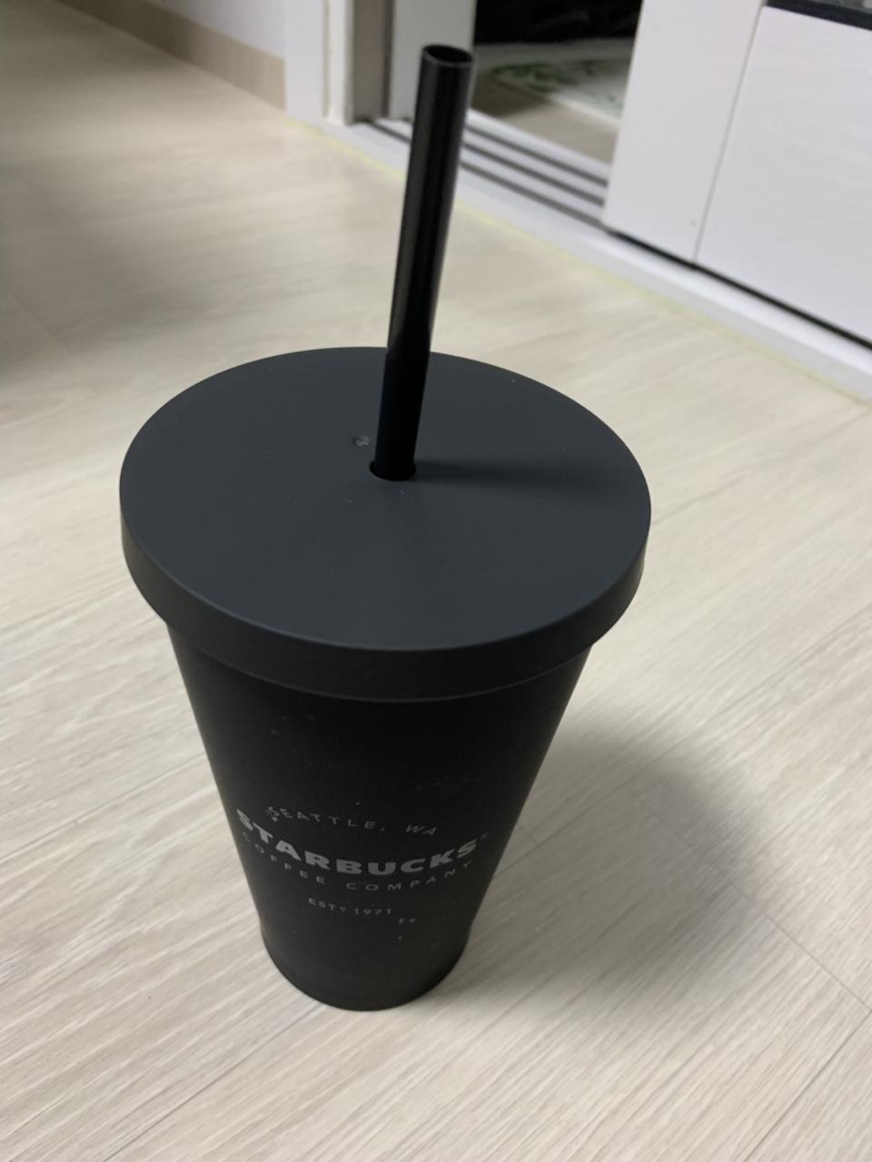 스타벅스 매트블랙 콜드컵