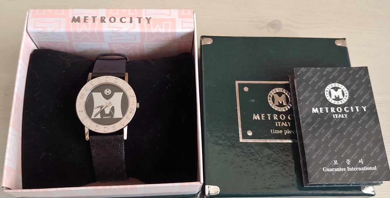 메트로 시티 손목시계
