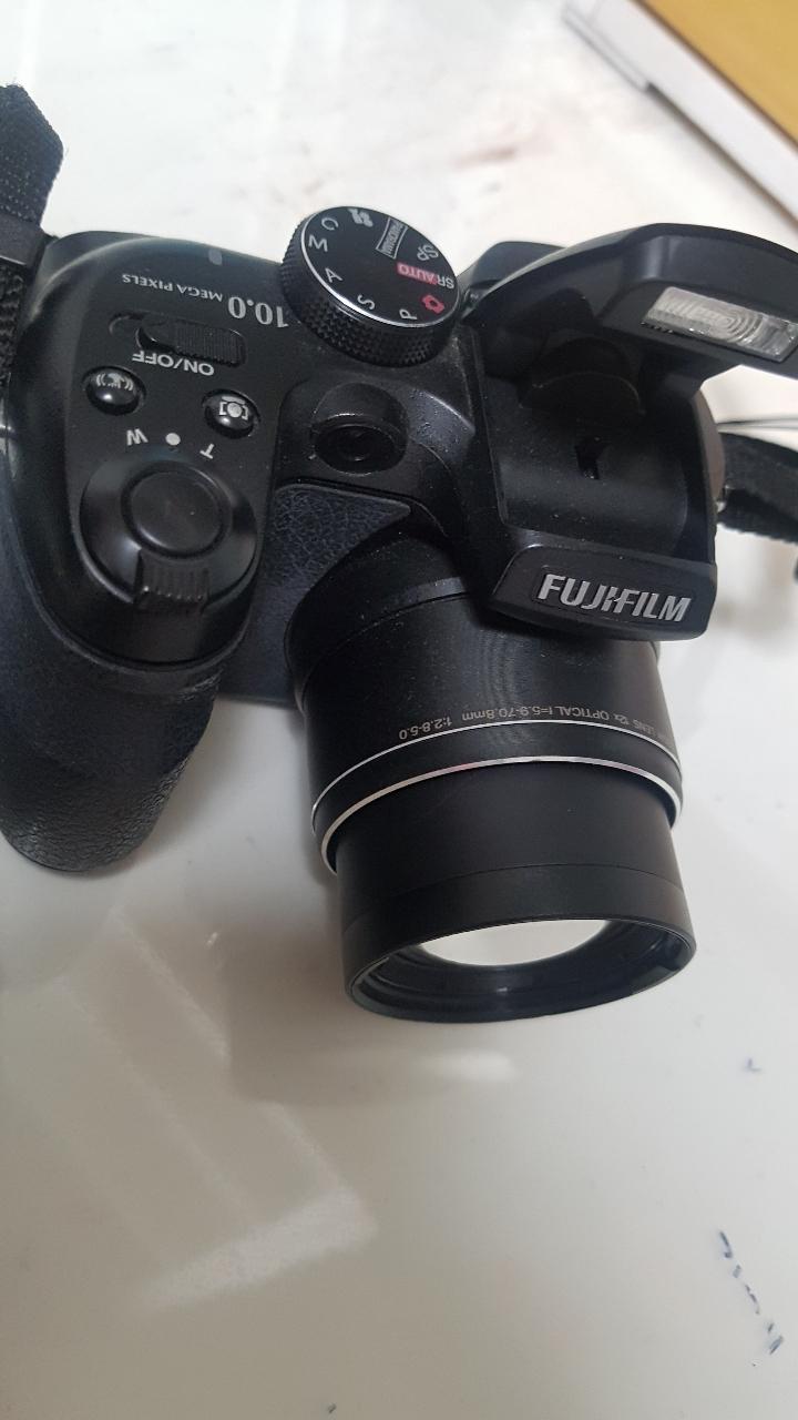 FUJIFILM 카메라