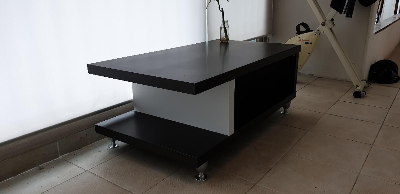 좌탁테이블