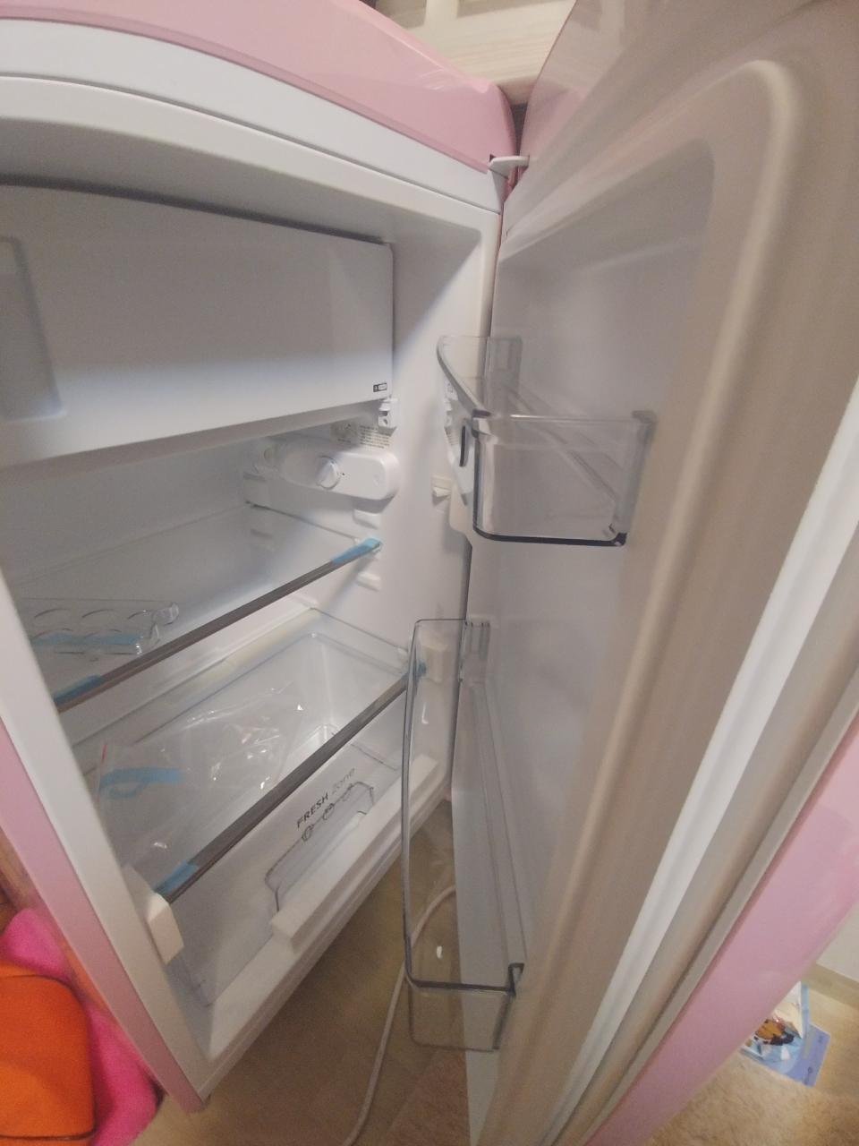 위니아프라우드s 소형냉장고 칵테일핑크 새것