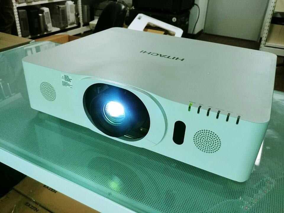 FULL HD 풍부한 TV화질 히타치 F600 / F500 프로젝터 풀박스