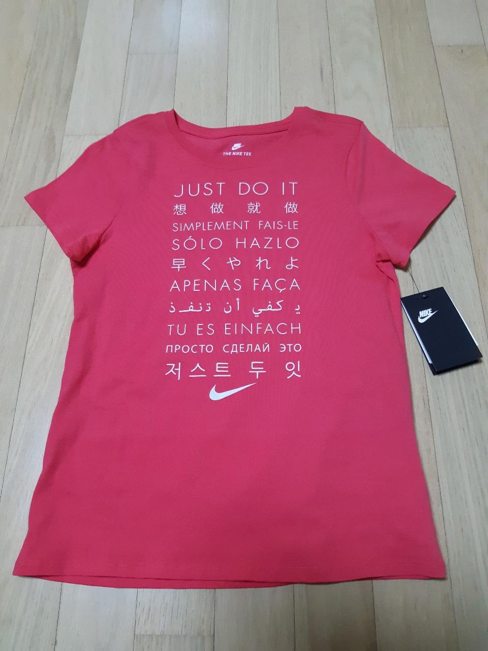 나이키 티셔츠  f