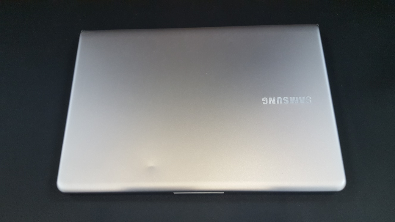 삼성 13인치 nt530u3b-a54 노트북 팝니다 ssd