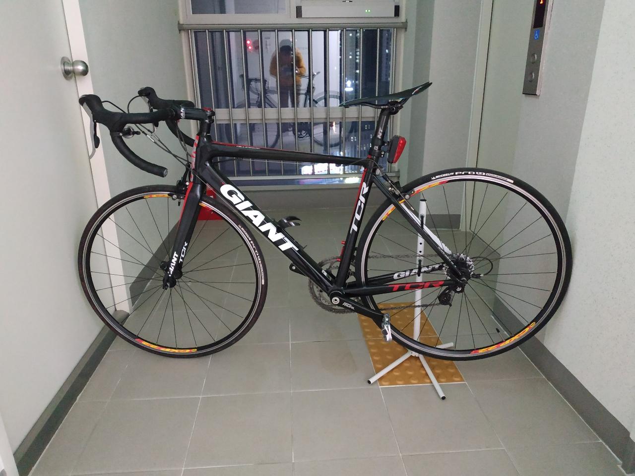 자이언트 tcr 로드자전거