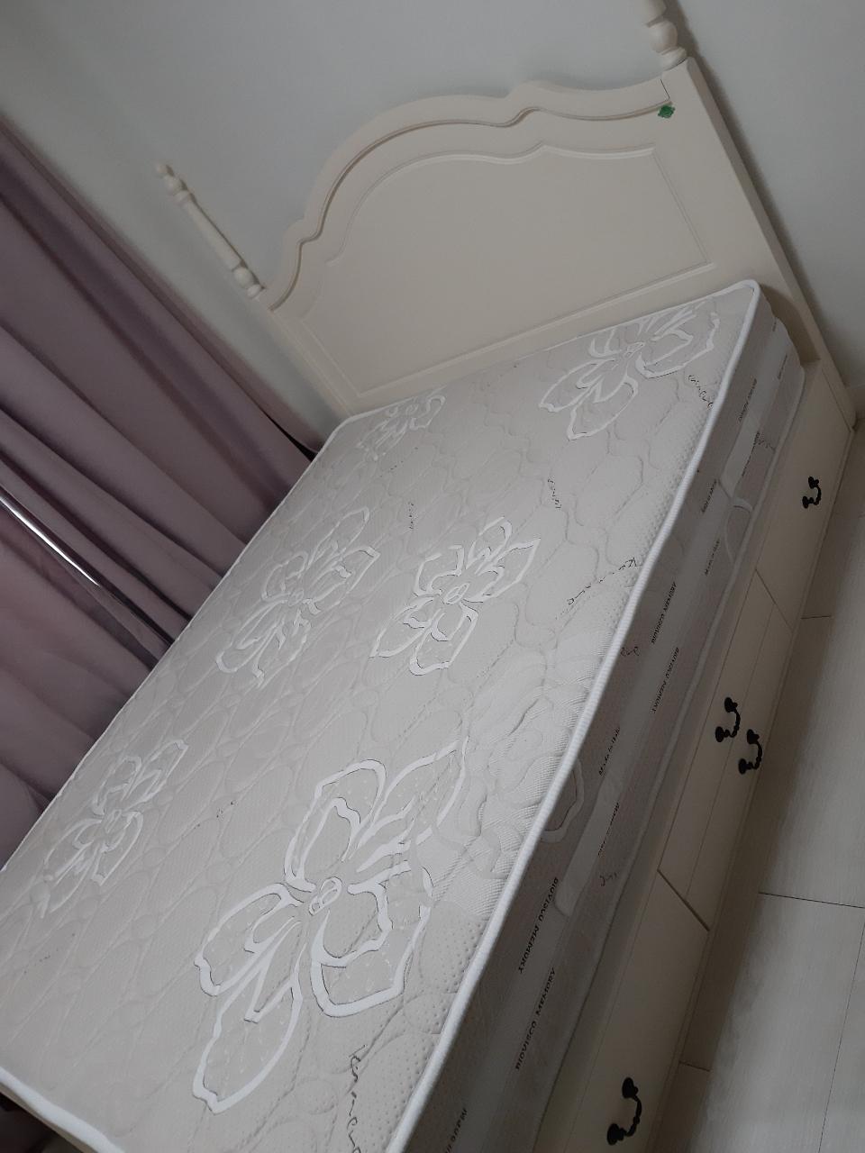 메모리폼 침대 퀸사이즈
