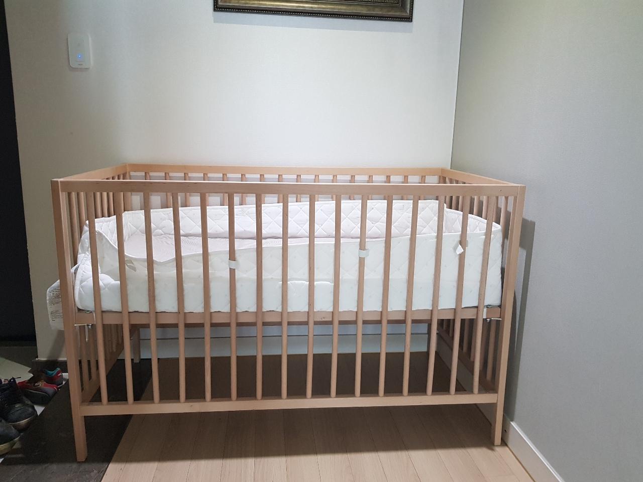 아기침대,메트리스,침대커버 다 팔아요^^
