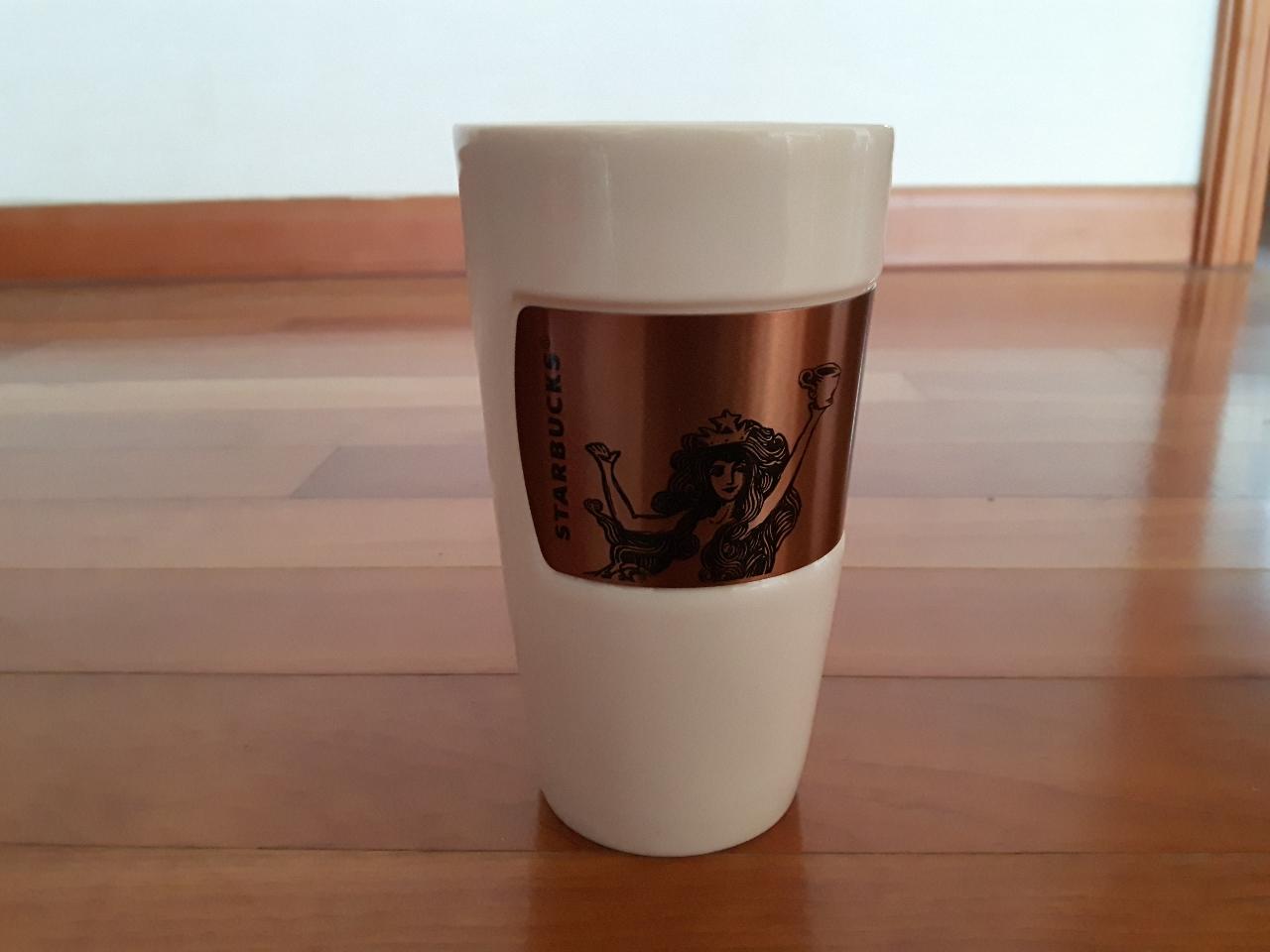 스타벅스 컵 새 제품
