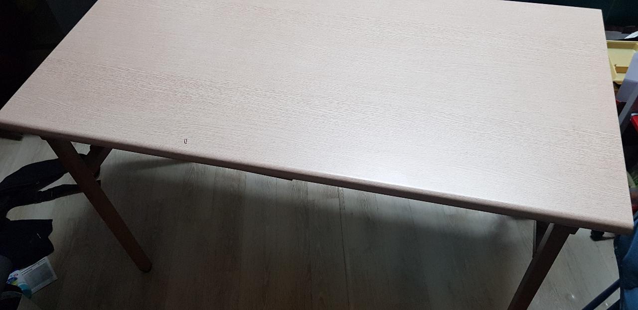 큰 테이블 팝니다