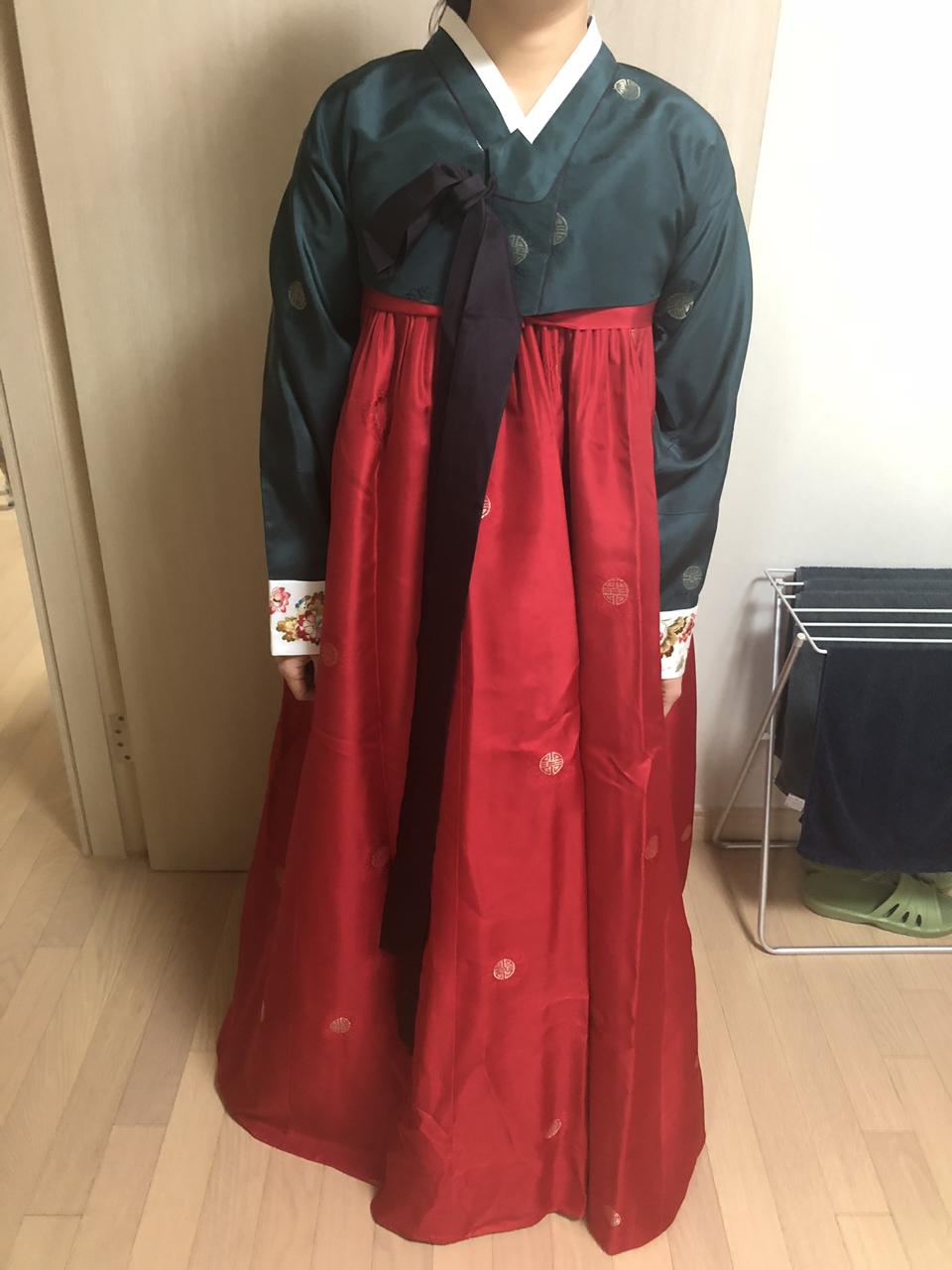 여성 한복 (압구정동 려한복)