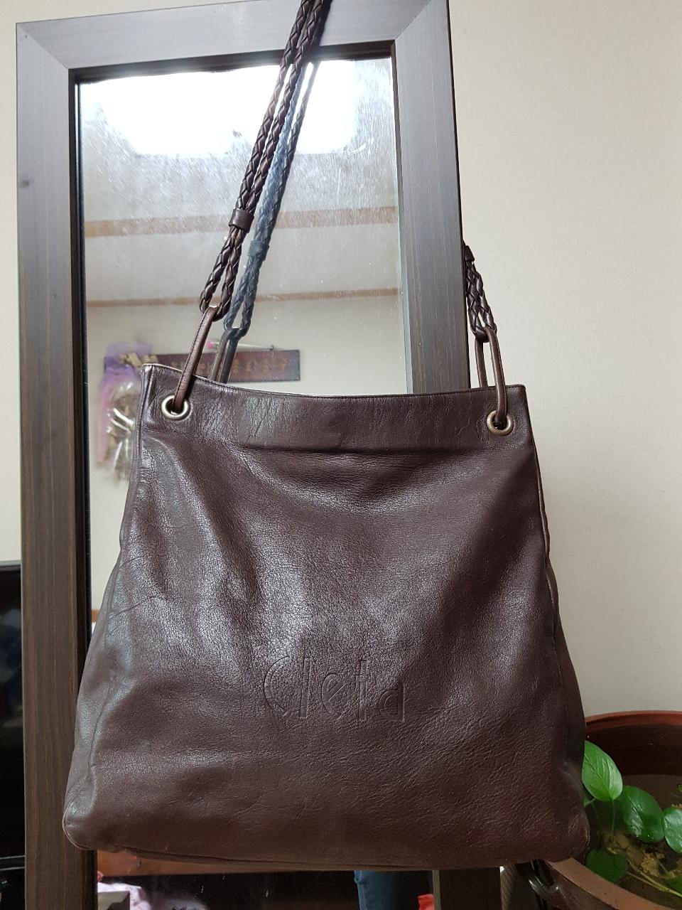 이가방도 진짜멋스럽고 크고 예뻐요마지막가격내렸어요