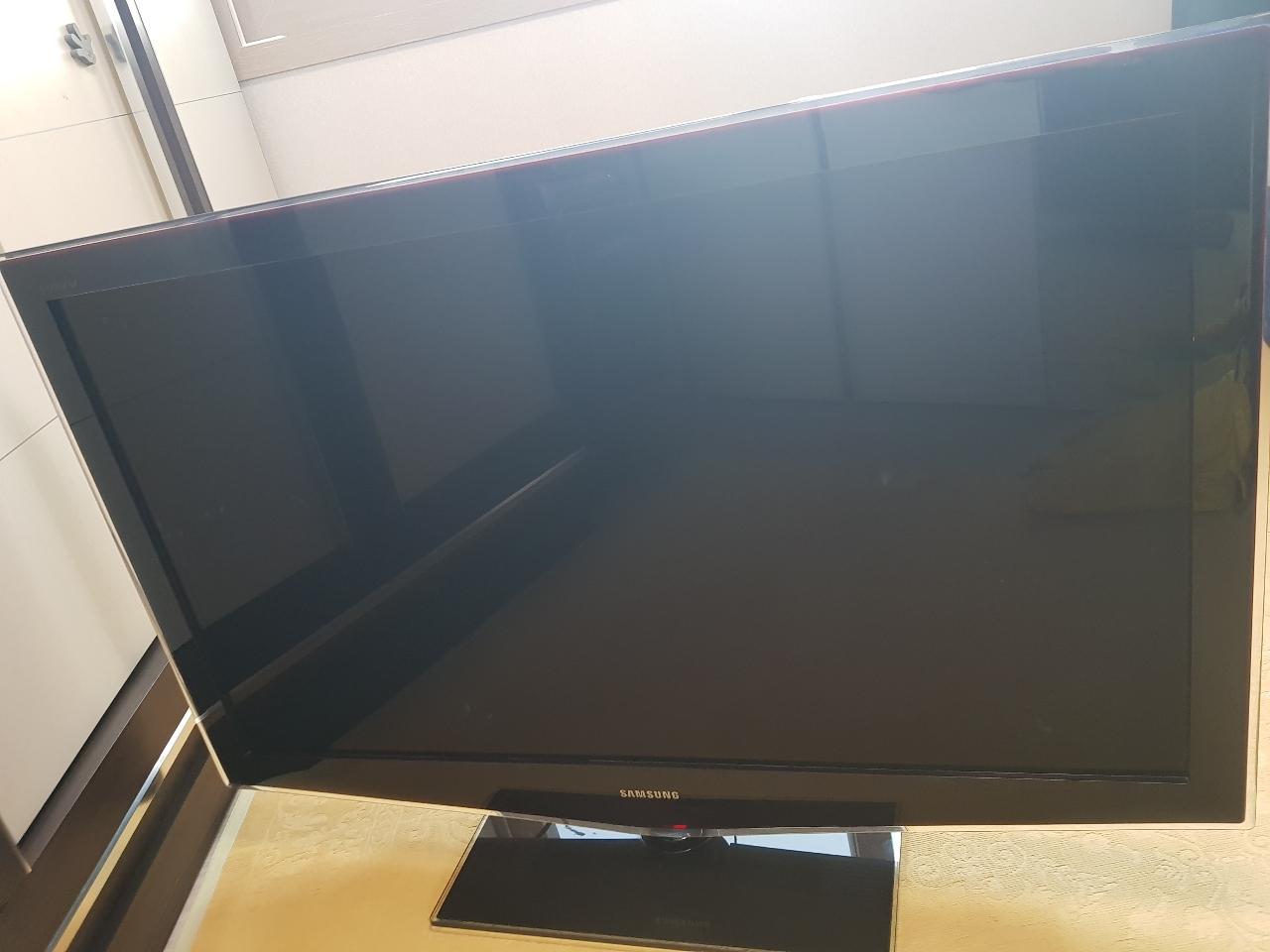 """삼성 pavv LCD TV  46"""""""