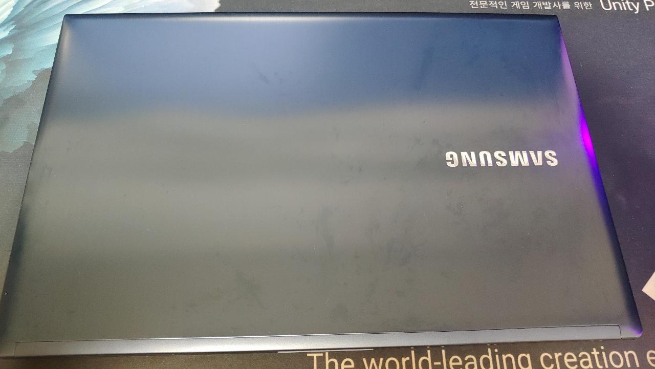 개인이 사용하던 삼성 노트북 아티브6 NT670Z5E-X58 판매합니다