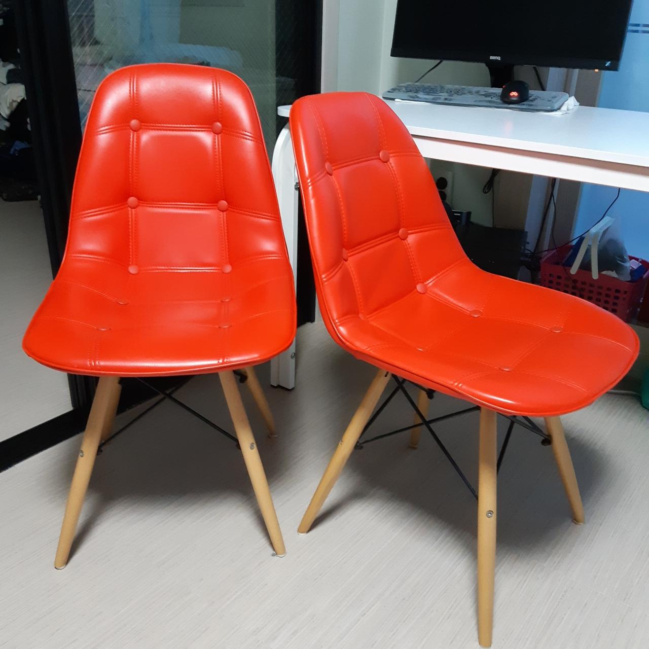 의자.카페의자.단추의자.에펠의자