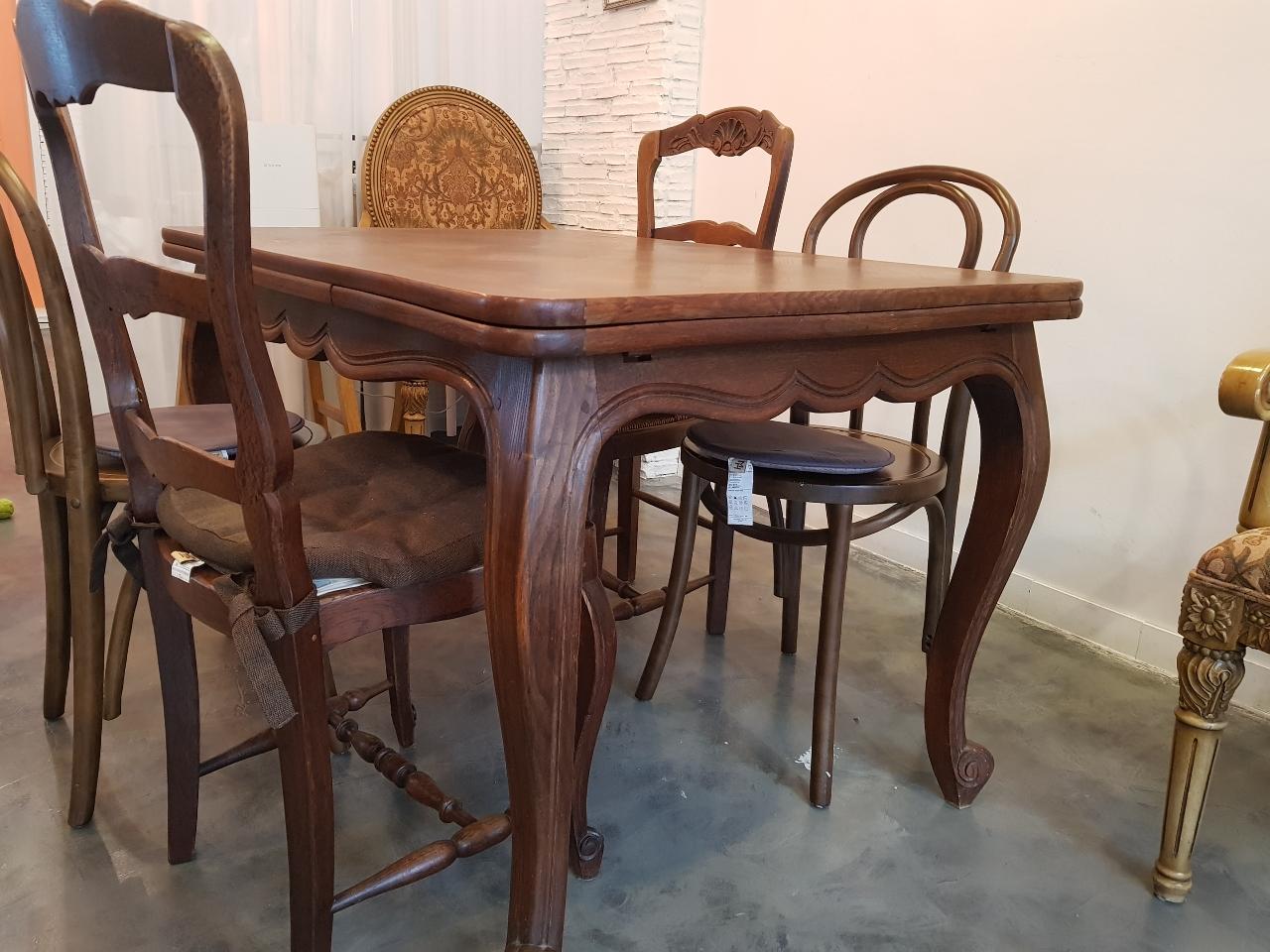 프렌치엔틱 식탁과 의자2 세트 판매