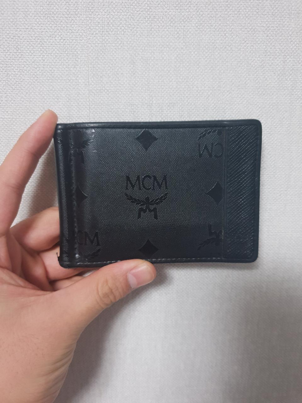 mcm머니클립지갑입니다 ㅎ