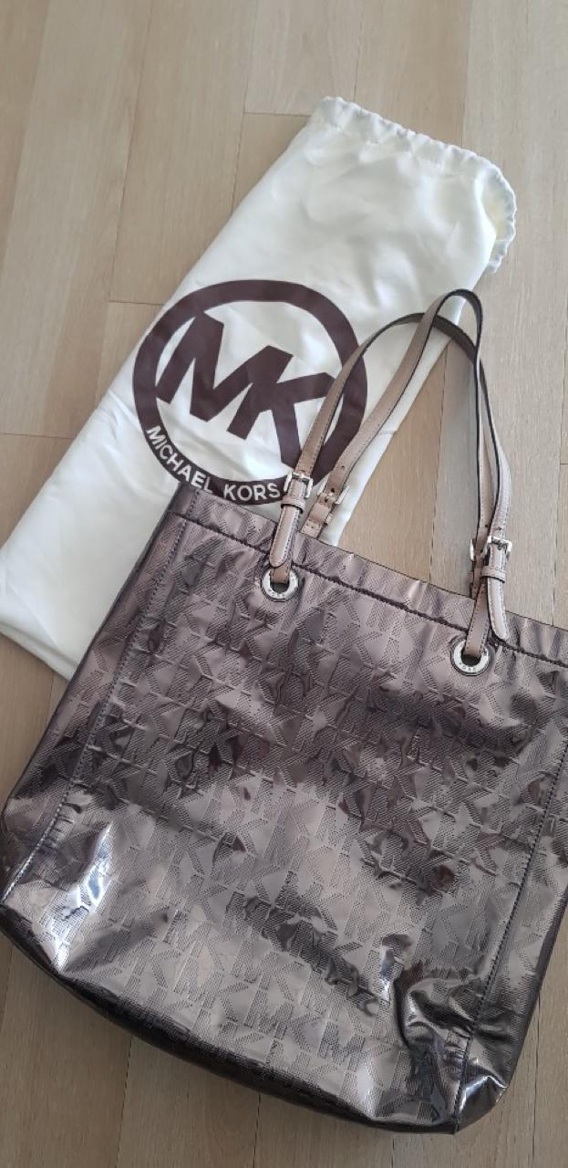 마이클코어스 정품 가방