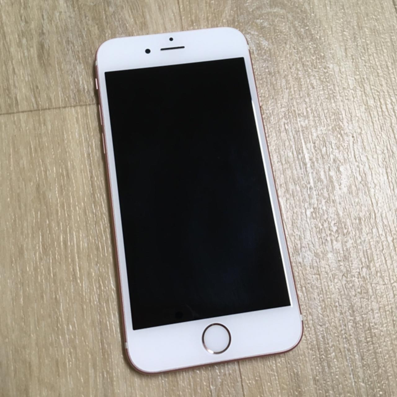 아이폰 6s 64기가 로즈골드 (지문인식 고장)