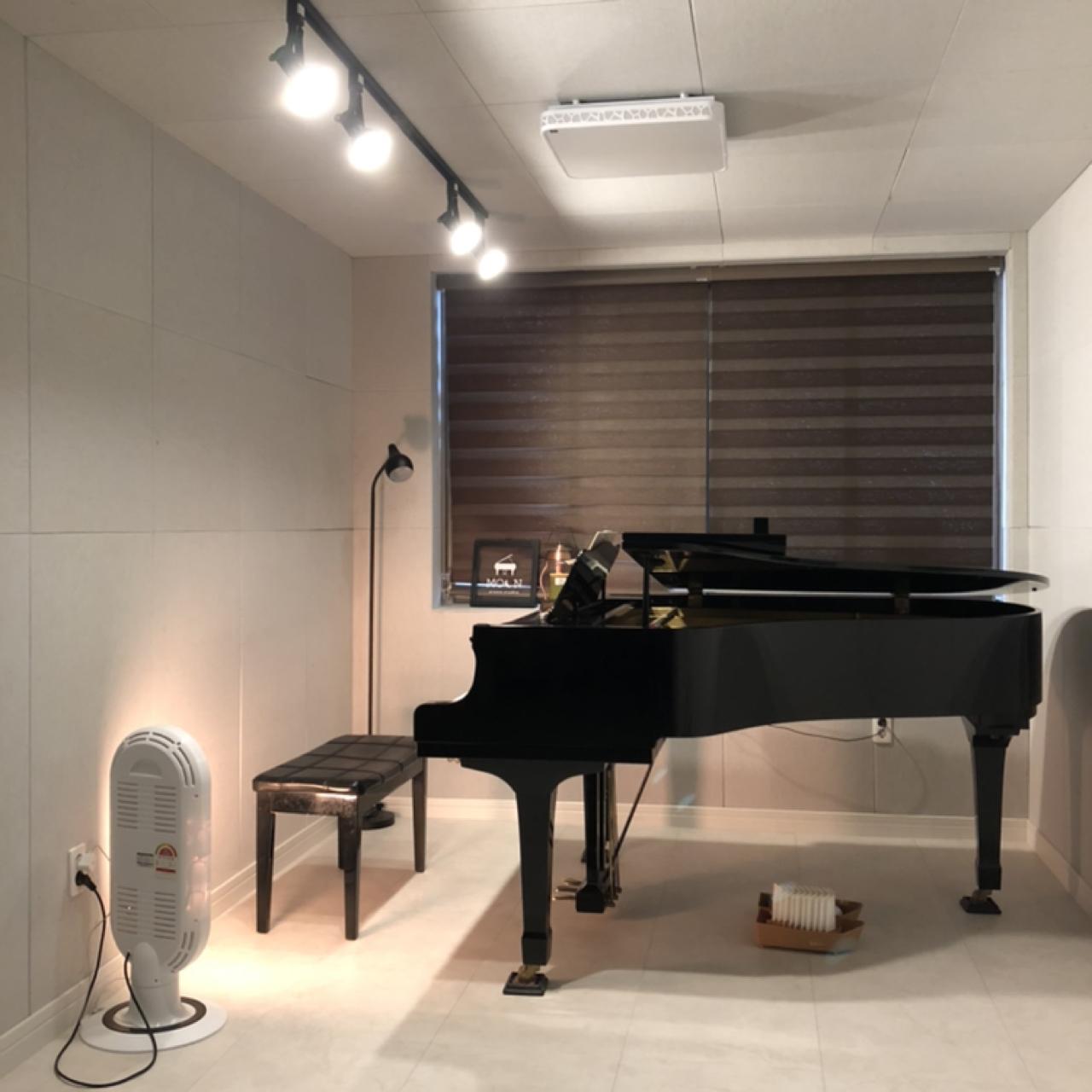 피아노 개인레슨 or 연습실 대여 합니다.