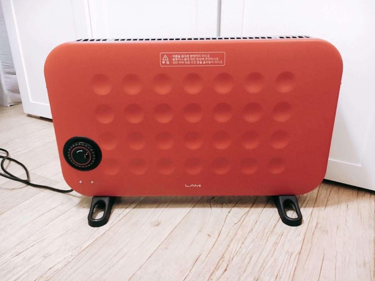 레드컬러의 빈티지한 디자인, 라미 컨백션 히터 판매합니다.