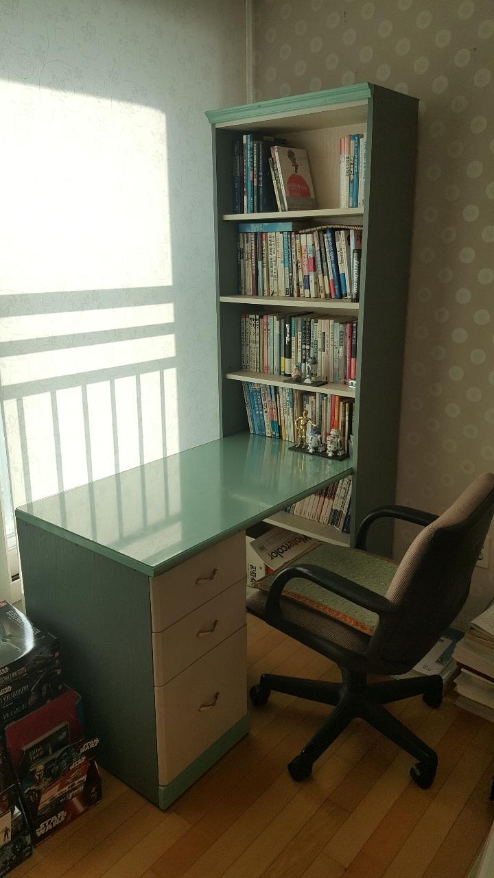[팝니다] 학생용 책상, 의자 팔아요~!!