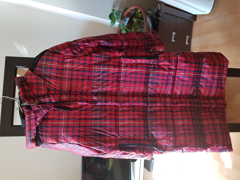롱패딩이에요뚱뚱77도입을수있어요택도그대로있는새옷이에요가격을 내렸어요