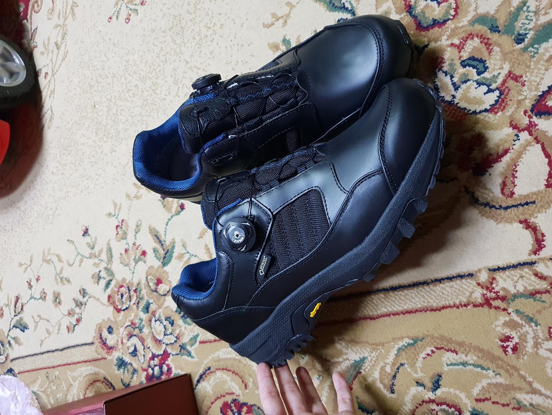 새상품)275 고어텍스 기능성 다기능 신발 275 vibram 운동화 sanito 단화 스니커즈