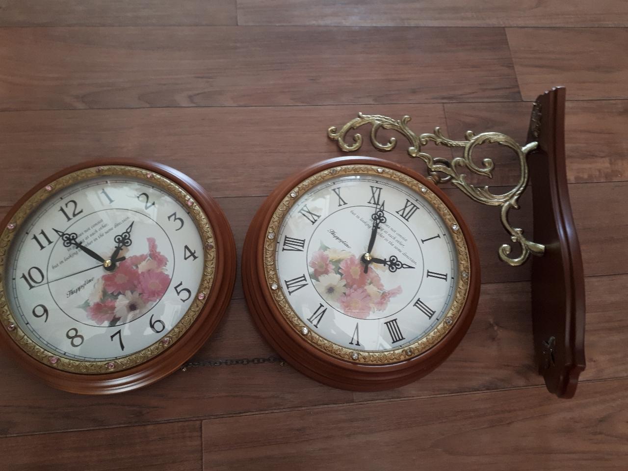 양면 인테리어 고급시계