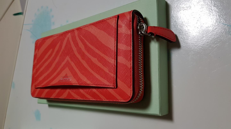 유니크한 디자인. 코치 아코디언 zip 장지갑 새제품, 코치장지갑, 여성지갑,